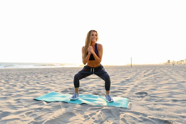 tips to stay fit on spring break, spring break, fit tips, summer vacation, lose weight on vacation, how to lose weight, stay fit traveling
