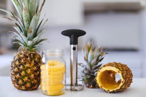 pina colada, piña colada, pineapple infused vodka, infused vodka, vodka, healthy cocktails, cocktails for fit girls, healthy cocktail recipes