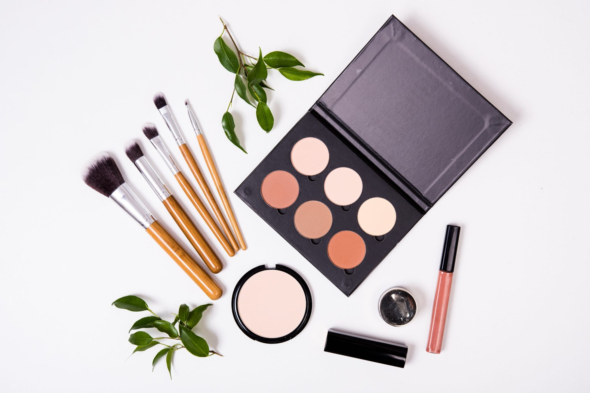 Best Non-Toxic Makeup Products, Clean makeup, best healthy makeup, clean makeup, makeup, skincare, healthy,